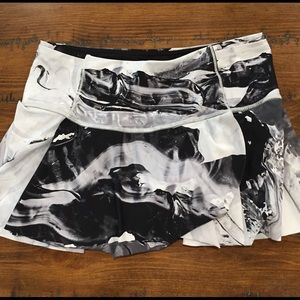 Super cute Lululemon Skirt